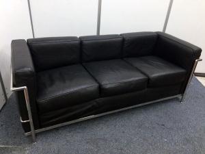 【高級そうなソファー】3人掛け レザー調 某デザイナーズ家具のリプロダクト品