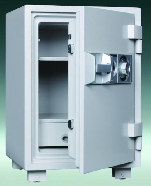 押し入れにスッポリ入る大型家庭用耐火金庫です!