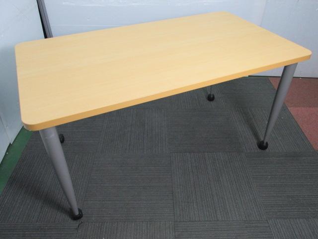 【商品入れ替えの為30%OFF】【片側にキャスター付き】ミーティング用テーブル 天板木目