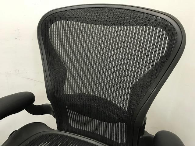 【在庫入替の為お安く!】アーロンチェア|高級チェアの代名詞!|上長席に1脚いかがですか。[Aeron chair](中古)