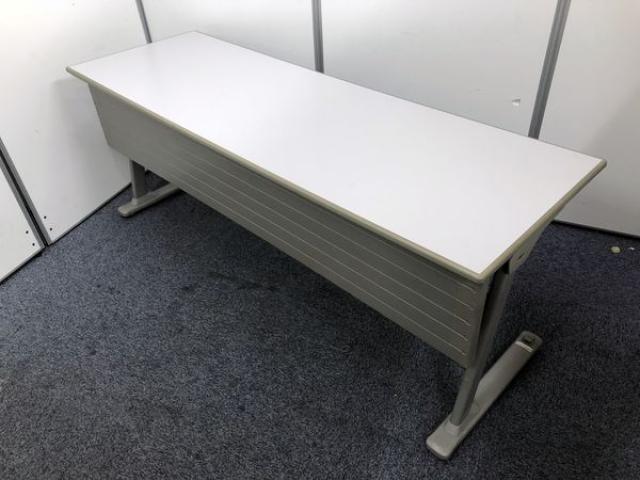 【幅広】オカムラ製 サイドスタックテーブル(幕板付き) W1800 D600㎜
