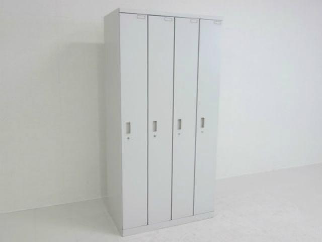【地方倉庫在庫品】限られたスペースで効率良く使用可能!! イトーキ製 4人用ロッカー【RA】【556】
