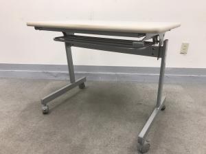 [特別価格]テーブル パーソナルテーブル 折りたたみ 作業台としても使えます|その他シリーズ(中古)