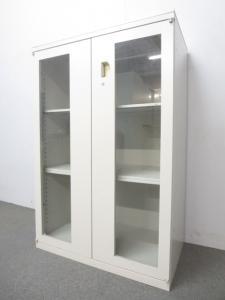 【収納物を一目で把握!】■オカムラ SA ガラス両開き書庫 ■オシャレなオフィスにおすすめです! ■インテリアとしても!【レア商品!】