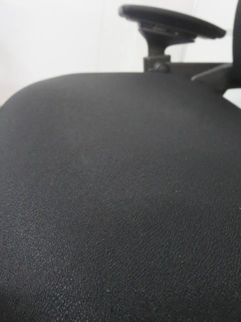 【Steelcase Leap】■スチールケース リープチェア ■可動肘付 ブラック|Leap[leap](中古)