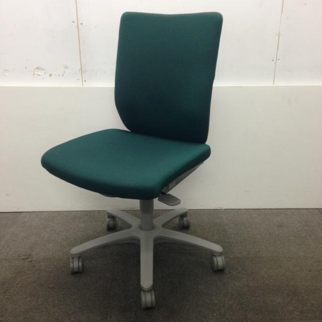 【柔らかなグリーンカラー】オカムラ/アドフィット!オフィスに優しい雰囲気を★