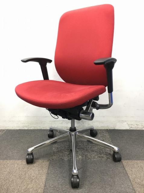 【定価12万】オカムラ製品のゼファーチェア入荷しました! デザイン性機能性兼ね備えた大変人気の商品となっております。座り心地もすごく良いです!!【高級チェア】