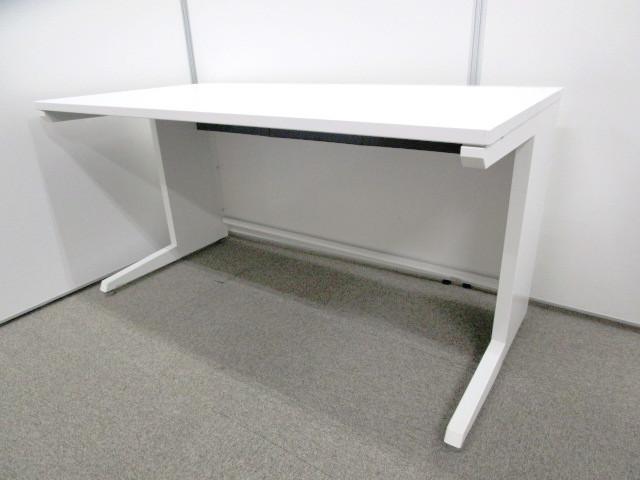 【ホワイト色】平机 オカムラ製ADVANCE(アドバンス) W1400広々サイズ【シンプル&最先端】