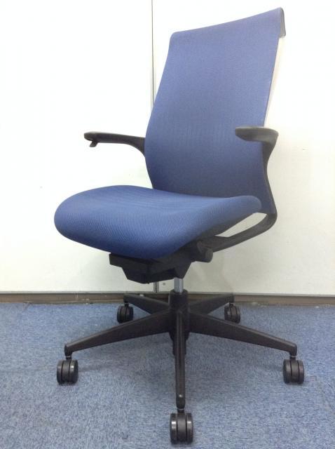 【30%OFF!】【太ももの圧迫を軽減】座面が大きくゆったり座れます。