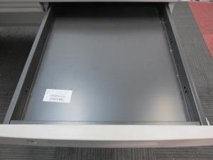 【定番の片袖机】オカムラ製 SDシリーズ A4ファイルが多いお客様にオススメ♪[SD Desk system](中古)