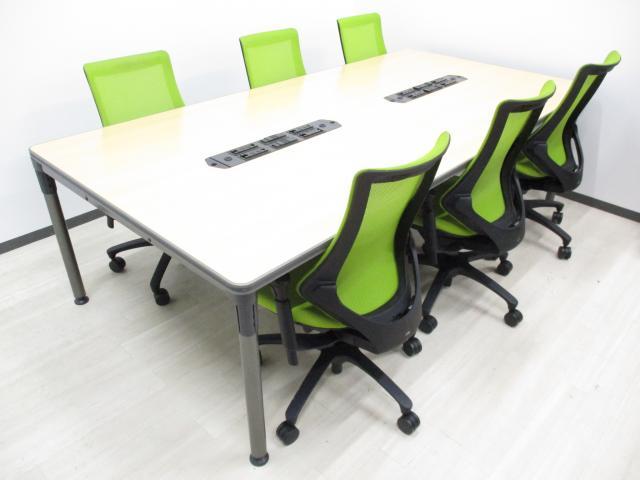 【限定1セット】【珍しいコンセント、LAN付きテーブル!】■流行の木目テーブルとグリーンのチェアがお洒落!!6名用会議セットです!