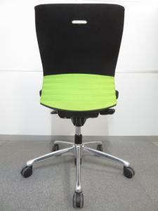 【快適な座り心地で作業効率アップ!】■フィーゴチェア(feego)■シームレスタイプ(ライムグリーン)■スタイリッシュなデザインが人気です![feego](中古)