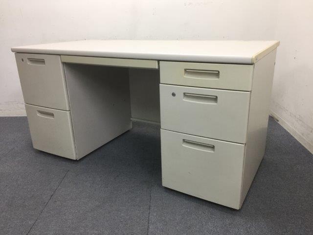 【おつとめ品】天板に傷あり|天板の奥側なのでパソコン利用の方は通常使用できます|コクヨ製両袖机