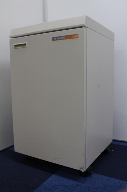 【現代オフィスの必需品!】■明光商会 シュレッダー V431 ■ワンカットクロスタイプ!短時間に多くの書類を処分することができます!