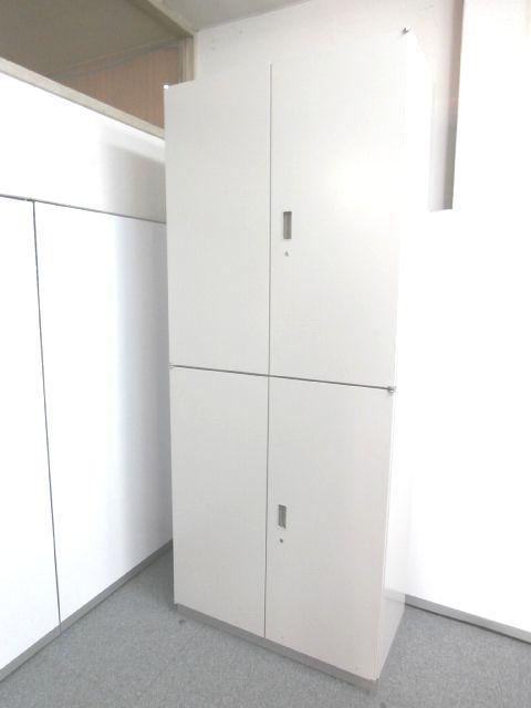 【書類を縦に沢山収納・棚の高さを調節可能・3段収納】■イトーキ製 ■上下両開き書庫