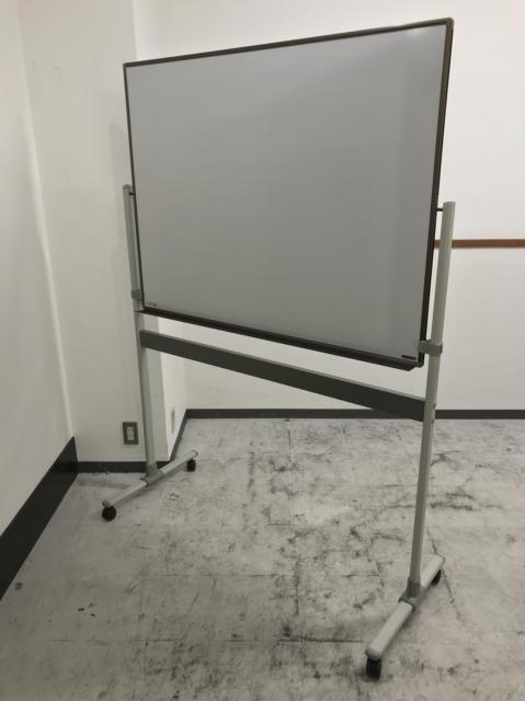 【1台】片面脚付きホワイトボード【会議室及び執務室エリアに是非】