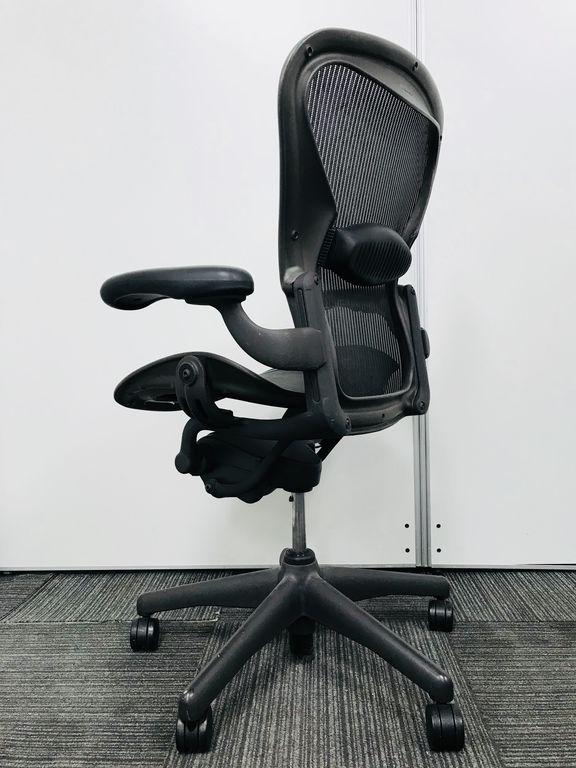 【最もスタンダードなBタイプ】チェアの王様が緊急入荷しました!|アーロンチェア[Aeron chair](中古)
