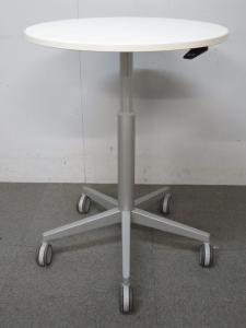 【上下昇降・キャスター付でフレキシブルに使えます!】■オカムラ 丸型テーブル ホワイト【B】