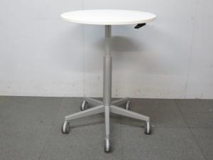 【上下昇降・キャスター付でフレキシブルに使えます!】■オカムラ 丸型テーブル ホワイト【B】|その他シリーズ(中古)