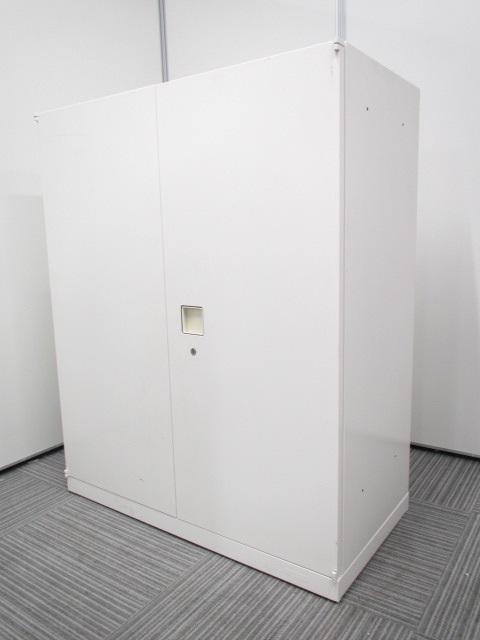 【人気のホワイトカラー!】オカムラ/両開き書庫/レクトラインシリーズ
