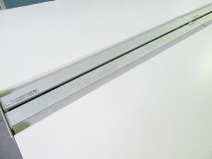 【倉庫在庫のため、数量はお問い合わせください。】[開放的なデザイン!!]イトーキ(ITOKI) インステートリンク 横幅3200mm■横幅1600mm天板×4枚 流行のフリーアドレスデスクもオフィスバスターズにお任せ!![20%OFF!!]#トレンド #ホワイト #おしゃれ θ[INSTATE DESK](中古)