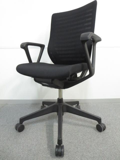 【体格にあわせた最適な座り心地を提供!】■イトーキ エピオスチェア ブラック ループ肘