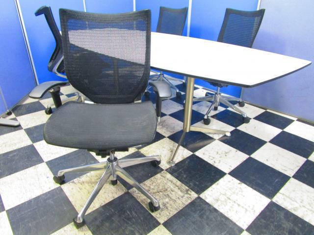 【¥232,000→¥208,000(10%OFF)】【限定1セット】オシャレな舟形テーブルと高級チェアのセットだけで会議室の完成です!【中古オフィス家具】【さいたま市】