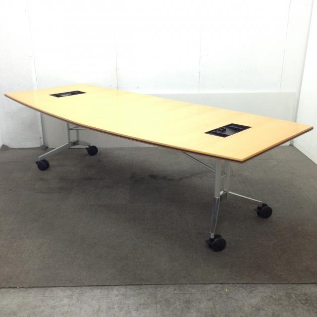 【1台限定】ウィルクハーンよりお洒落で利便性のある会議テーブルが入荷しました☆