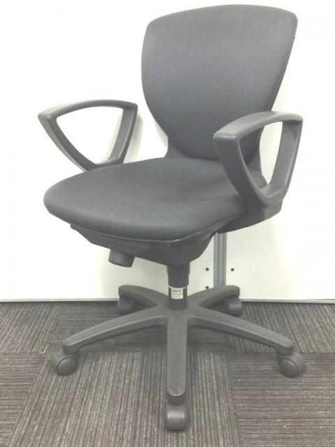 【座り心地の良い、万能チェア】入れ替え、増員で合わせやすい事務椅子をお探しの方、必見!