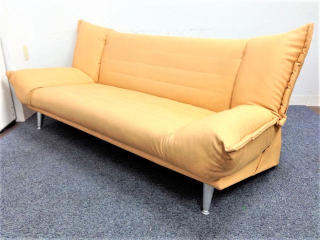 【在庫入れ替えにつき特価!】【3台入荷】休憩室にもってこいなソファベッド!!スライド式で操作も楽々