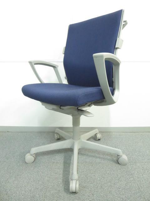■オカムラ製 エスクードチェア(ハンガー付)■【スタイリッシュで快適な座り心地!】