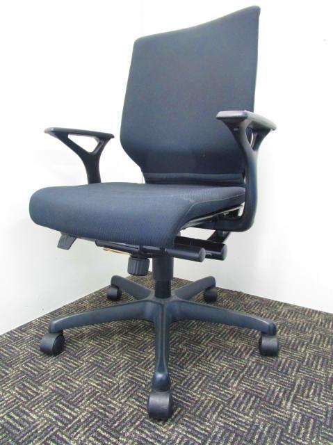 エルシオチェアを継承する快適な座り心地!人気のブラックでどんなオフィスにもぴったり!【中古オフィス家具】【さいたま市】