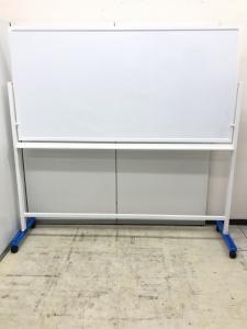 準ホーロー製のホワイトボードです!消しやすくストレス軽減です!!|