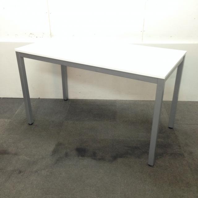 【限定1台入荷】シンプルなミーティングテーブル!