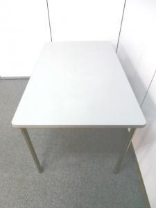 【横幅1200mmのミーティングテーブル】■イトーキ製 ■ミーティングテーブル|その他シリーズ(中古)