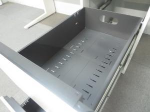 【スタイリッシュな木目デザイン!】■オカムラ製 片袖デスク W1400mm ■プロユニット(ProUnit)ナチュラルカラー[ProUnit](中古)