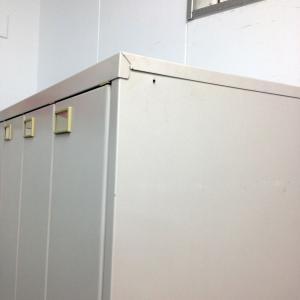【4名様分の更衣スペース確保】【イトーキ製】省スペースで設置可能! |その他シリーズ(中古)