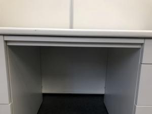 【ホワイト】両袖机 幅1400㎜入荷 引出:左:2段、右:3段 |ODS(中古)
