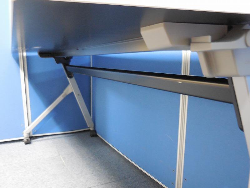 【足元を広々使えます!】オカムラ製のサイドスタックテーブルを入荷しました!|フラプター[FLAPTOR](中古)