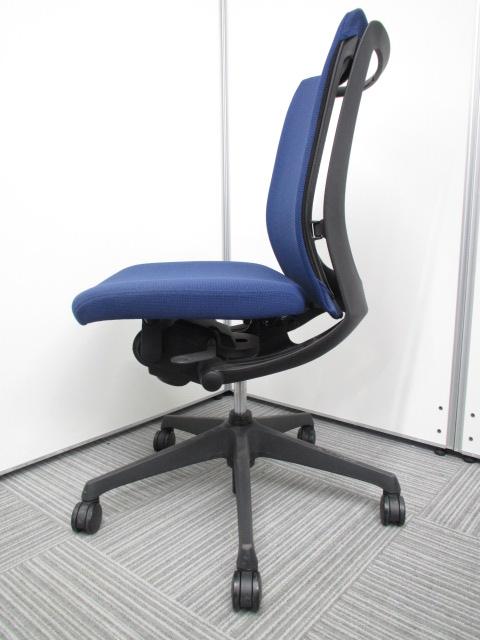【専門業者によりクリーニング済み】【オフィスに良く合うブルー】オカムラ製 ヴィスコンテ ブルー 肘無し 事務用椅子 オフィスチェア|ヴィスコンテチェア[Visconte](中古)_2