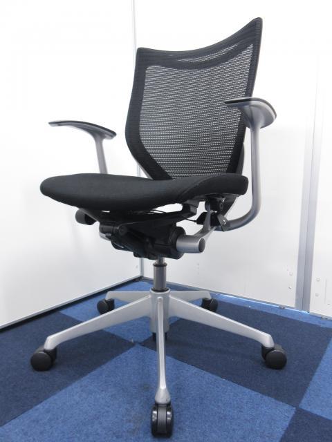 【良い椅子座りませんか?】【ランバーサポート無しでもしっかり腰を支えてくれる!!】オカムラ製 バロン