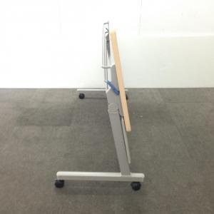【幕板付きのナチュラル天板!】コクヨ製のスタックテーブル!!|その他シリーズ(中古)