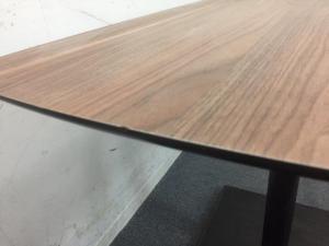 【2台入荷】|オシャレな木目テーブル!|リフレッシュスペースにおすすめです!|その他(中古)