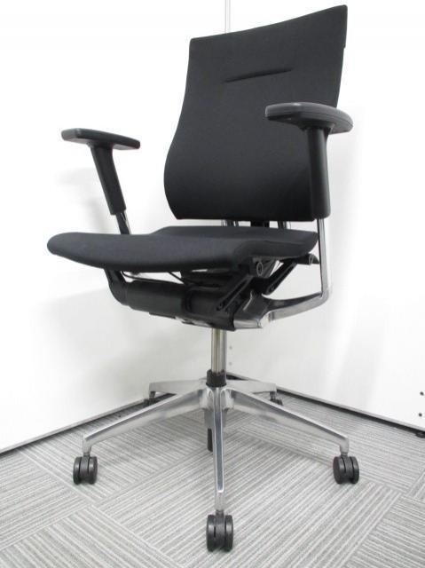 【チェアが人に合わせて変化する】イトーキ製 スピーナチェア 事務椅子 肘付き ブラック クロスタイプ 大人気商品 早いものガチ