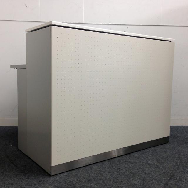 【システムカウンター】配線ダクトも備えた作業テーブル付きのカウンター!