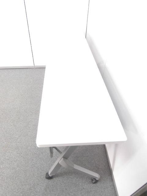 【国産メーカー人気のサイドスタックテーブル・天板ホワイト】■オカムラ製 ■ホワイト|その他シリーズ(中古)