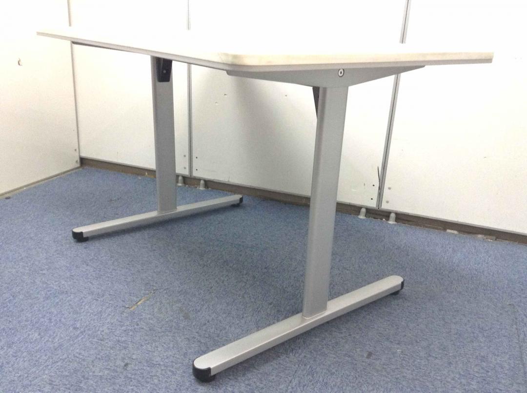 中古】【会議テーブル W1200】4名のお打ち合わせに丁度良いサイズの