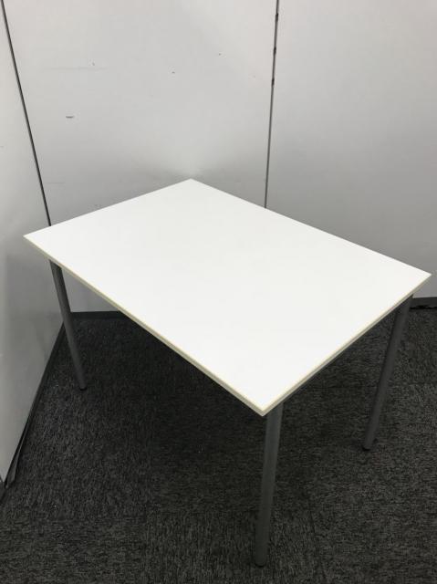 プラス製品のミーティングテーブルの入荷です!コンパクトサイズですので、使い勝手がよい商品です!
