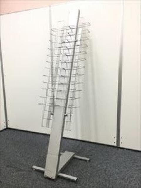 【カタログスタンド入荷】12段×2列 オフィスのエントランスに設置は如何でしょうか?