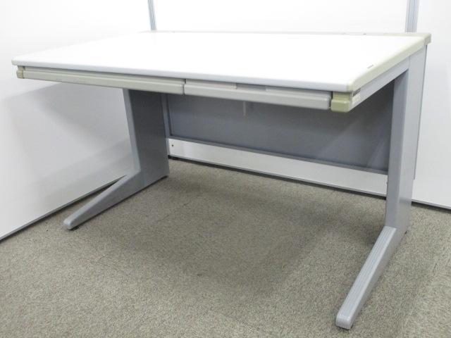 【人気サイズの机が入荷!】イトーキ製の定番平机を入荷!幅1200mmは一番人気です!